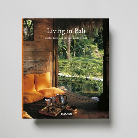 New Mags - Living In Bali